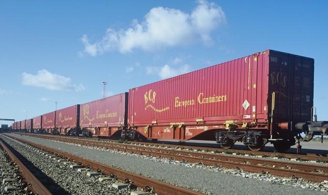 Transorient and ECS Intermodal Train